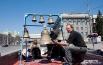 В этот день на Красном проспекте раздавался праздничный колокольный звон