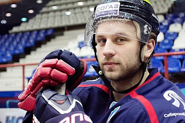 Дмитрий Моня пришел в новосибирскую команду перед началом сезона 2013/2014
