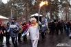 Кому же и начинать эстафету Олимпийского огня в Новосибирском зоопарке, как ни его директору Ростиславу Шило?