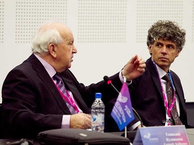 Жаркие обсуждения на круглом столе, посвященном применению ядерных технологий в мирное время.