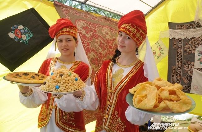 Омичам были предложены традиционные татарские блюда