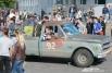 Поклонники ретроавтомобилей встретили участников автоколонны