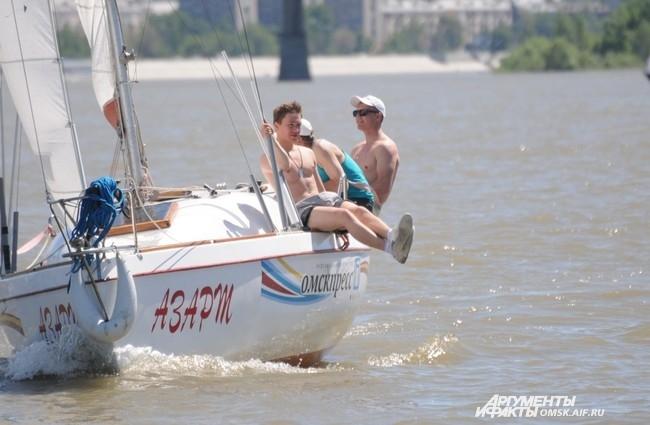 Яхтсмены проводили время не только с пользой для души, но и для тела