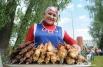 Гости могли угоститься шашлыком из курицы, индейки и баранины