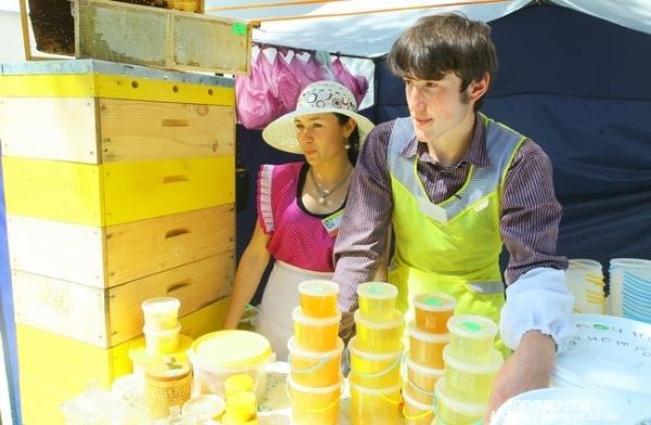 Не остались в стороне и производители мёда.