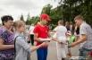 В День города редакция «АиФ в Омске» раздавала омичам спецвыпуск, посвящённый празднику.