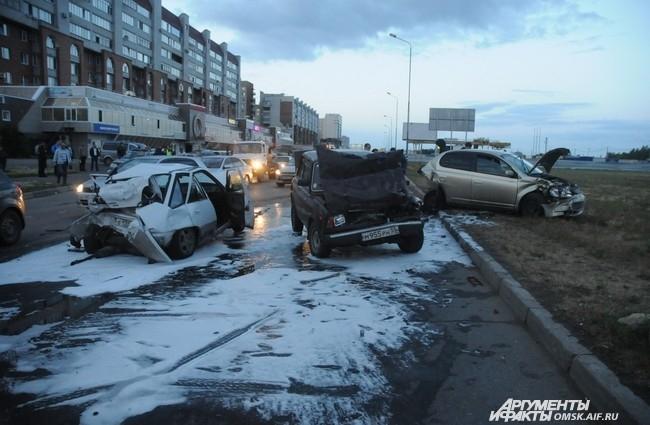 4 июля около 22.00 на улице Конева произошло крупное ДТП