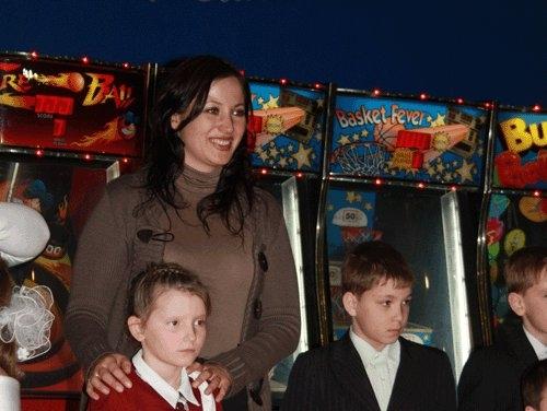 Вместе с детьми веселились и сотрудники АиФа. Директор по рекламе Ольга ДОЛИНИНА