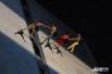 Вертикальный танец исполнялся при помощи альпинистского снаряжения