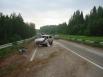 На автодороге «Кунгур – Соликамск» водитель ГАЗ-31105 тоже не учёл скорость движения, в результате чего выехал на встречную полосу, где наехал на дорожное  ограждение. В результате происшествия  один из пассажиров получил смертельную травму, другой в тяжё