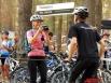Велосипедисты фотографируют друг друга