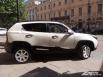 Белоснежный Ё-мобиль с трудом можно сравнить с другими детищами российского автопрома