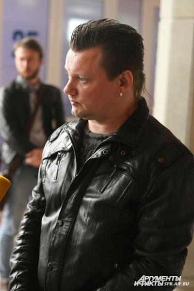 Лидер группы «КняZZ» Андрей Князев посетил гражданскую панихиду по своему другу