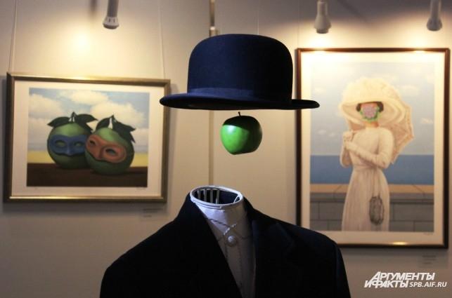 На выставке представлены литографии художника из международных коллекций