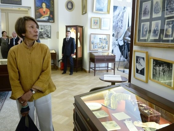 Супруга Министра иностранных дел Австралии Хелена Карр во время посещения Академии русского балета имени А.Вагановой