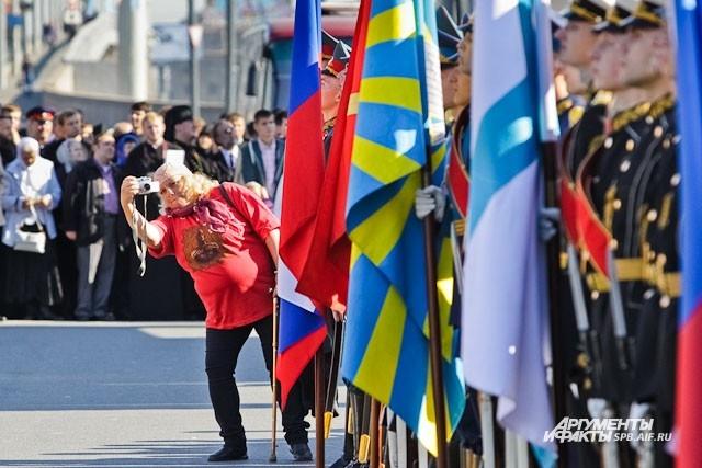 Торжественные мероприятия заинтересовали тысячи петерубуржцев