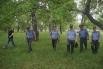 Поисками пропавшего ребенка занимались 80 сотрудников полиции. Проверив жилой сектор, стражи порядка занялись обследованием окрестностей. Полийеские обследовали пруд и двинулись к лесу.