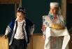 В вестибюле гостей встречали национальным татарским лакомством.