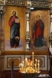 За каждой поставленной свечей – молитвы, чаянья и надежды.