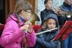 И играл детский духовой оркестр