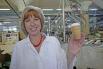 Директор по маркетингу и продажам Наталия Мерзлякова говорит, что этот стаканчик стал практически символом и лицом комбината...