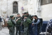 В Старом городе предприняты все меры безопасности. За порядком здесь следит израильская армия и полиция.