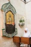 В церкви святого Александра Невского несет послушание Елизаветенское сестричество. Киот для этой иконы изготовлен на Урале.