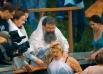 Таинство крещения совершается троекратным погружением в воду во имя Отца, и Сына и Святого Духа. В освященной воде человек очищается от всех грехов и заново духовно рождается для вечной жизни.