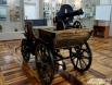 Тачанка со станковым пулемётом Максима, состоявшие на вооружении Красной Армии в годы Гражданской войны, очень кстати вписались в выставку, будучи экспонатом постоянной экспозиции.