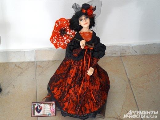 Порой куклы покоряют своей выразительностью, словно в них живёт душа.