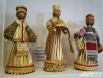 Куколки из соломки нередко становятся подарочными сувенирами для иногородних гостей
