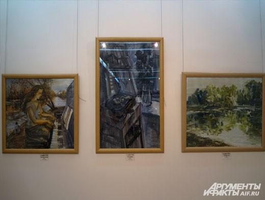 Картины, представленные в экспозиции, несут в себе эмоции своих авторов