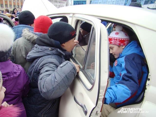 Эти «Победы» доедут до Украины и в Волгограде примут участие в параде