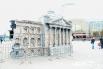 А на центральной площади Ханты-Мансийска выросло здание немецкого Рейхстага
