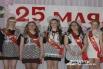 Выпускники получили грамоты и награды за мероприятия, в которых участвовали в течение года и всей школьной жизни