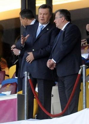 Президент Украины наблюдает за финальным матчем Евро-2012