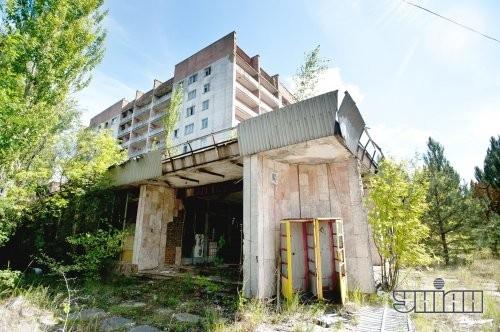 Заброшенное здание в Припяти