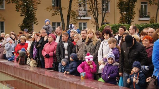 Жители ждут открытия фонтана