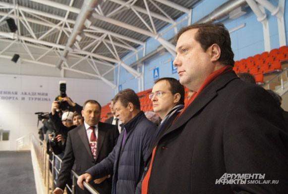 Губернатор впечатлен мастерством смоленских хоккеистов