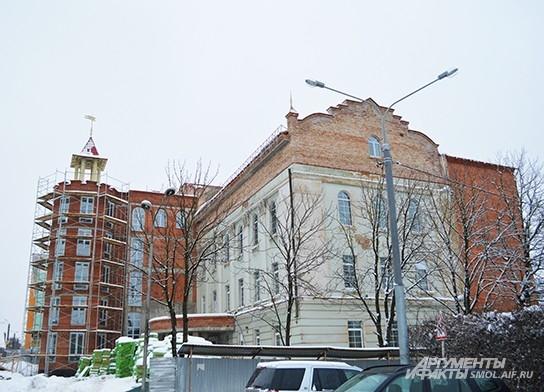 Сотрудники театра с нетерпением ждут окончания реставрации здания на улице Дзержинского