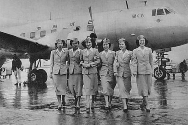 Японские стюардессы, 1951 год.