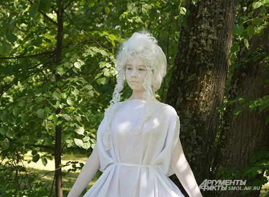 Живые скульптуры в парке
