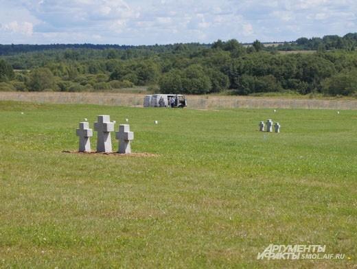 Кладбище в Духовщине рассчитано на 70000 человек//70000 people will be buried here