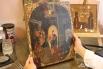 Эта необычная икона, украшенная золотой росписью, приехала из Украины.