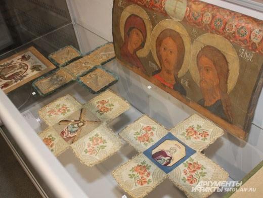 Первым выставку «Русь православная» увидел Патриарх Московский и всея Руси Кирилл.