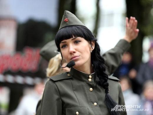 Одним из лучших номеров, который девушки показали в финале конкурса, стало попурри из песен военных лет.
