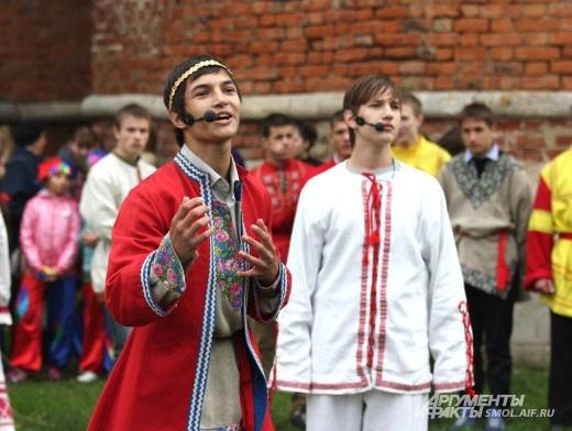 Юные артисты оживили страницы истории Смоленска.