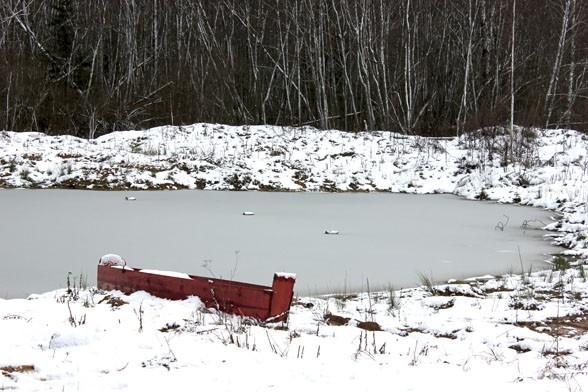 Озерцо в деревне Шугайлово