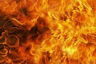 На трассе Челябинск-Екатеринбург человек сгорел в автомобиле
