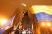 Эти события разворачивались на фоне продолжающихся на площади Майдан Незалежности выступлений сторонников евроинтеграции. По разным данным, в субботу на главной площади Киева собрались от 50 до 200 тысяч человек.